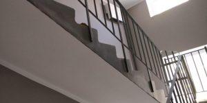 монтаж ограждений лестничных маршей, Монтаж ограждений лестничных маршей, Fire-Steel